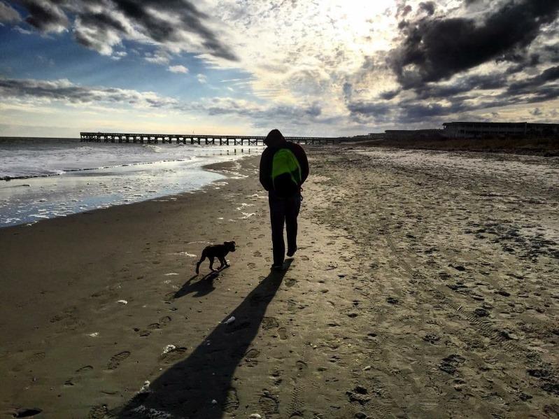 Nuppie and her daddy, enjoying a walk on the beach.